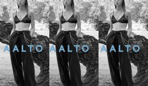 "【AALTO】"" JEANS WITH PLEATS """